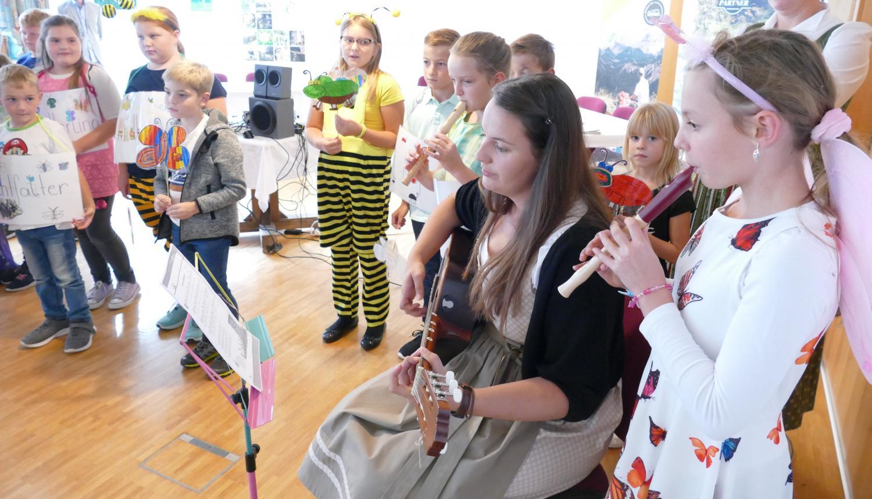 2. Musikalische Umrahmung durch die Kinder der VS Gams und Wildalpen